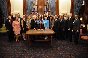 "Chris Kyle - The signing of the ""Chris Kyle Bill"" at the Texas State Capitol in August 2013"