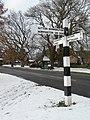 Signpost, Kingston-on-Soar - geograph.org.uk - 1170754.jpg