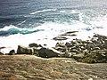 Slope to rocks below - panoramio.jpg