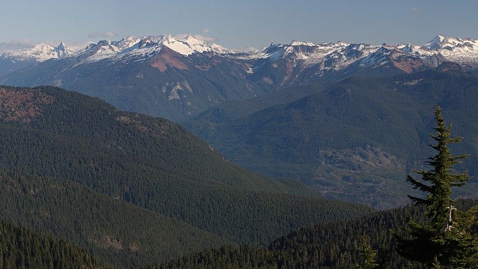 Snowfield Peak 8648s
