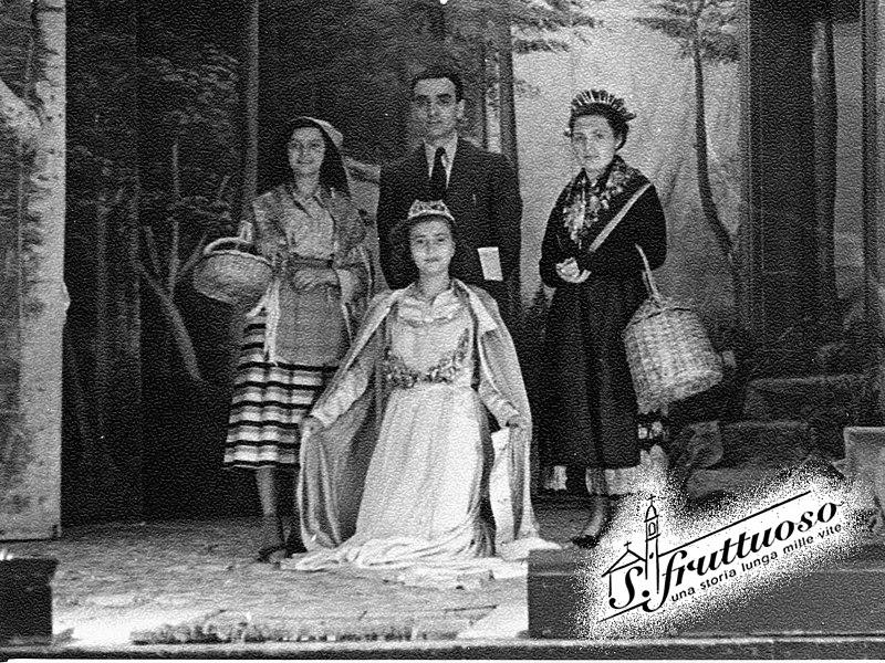 File:Spettacolo Il miracolo di Lourdes filodrammatica femminile oratorio di San Fruttuoso 1949 n2.jpg