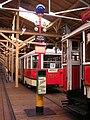 Střešovice, sloupek s modrou koulí a tramvaje.jpg