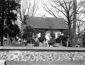 St. David's Episcopal Church (Radnor, Pennsylvania) - St. David's in 1925; photo from the Historic American Buildings Survey