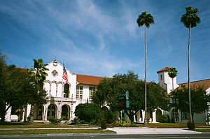 St Petersburg High School2010 (Florida).jpg