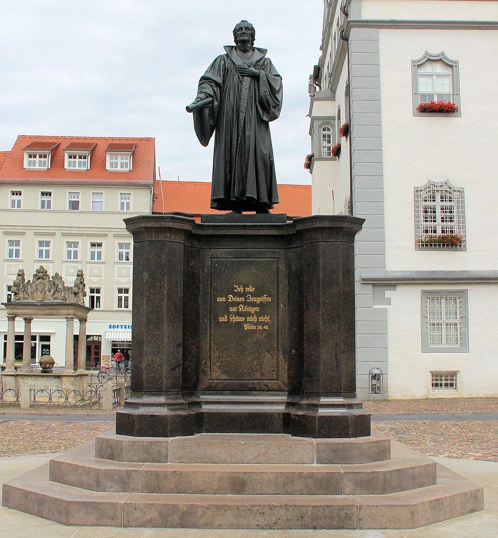 Statue Marktplatz (Wittenberg) Philipp Melanchthon