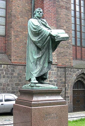 Statue of Martin Luther outside St. Mary's Church, Berlin Statue of Martin Luther, St. Mary's Church, Mitte, Berlin.jpg