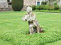 Statue of Morris, Abbotsford - geograph.org.uk - 1317795.jpg