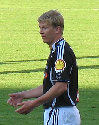 Steffen Iversen - Iversen playing for Rosenborg in June 2007