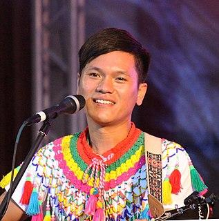 Suming Taiwanese singer-songwriter