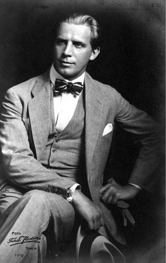 Lars Hanson - Image: Swedish actor Lars Hanson in 1919