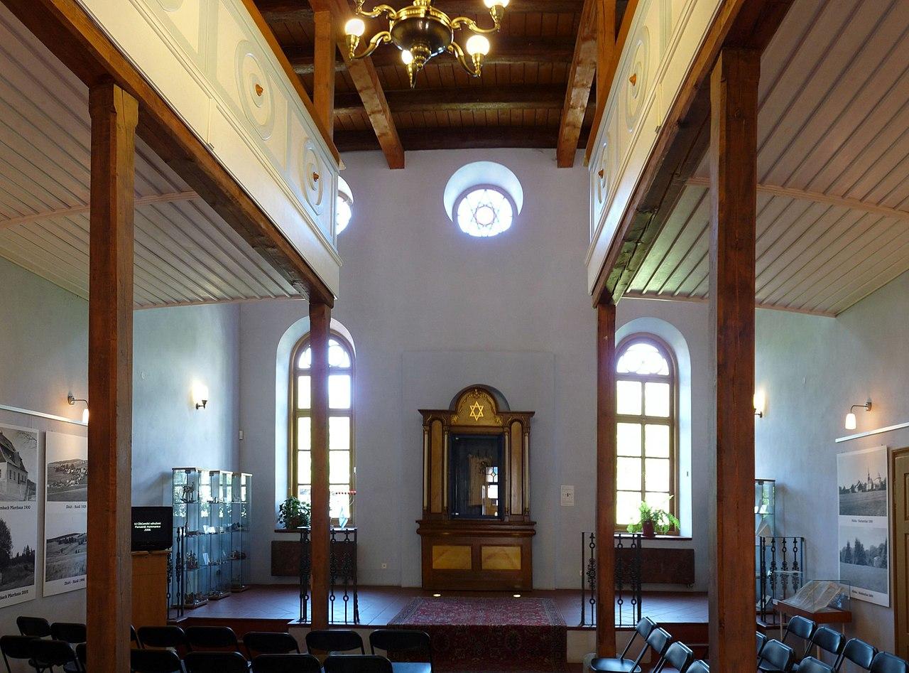 Synagoga Hartmanice 05.jpg