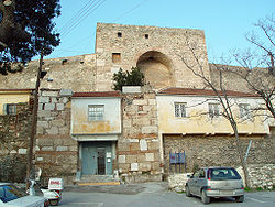THES-Heptapyrgion entrance.jpg