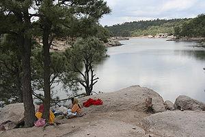 Lake Arareco - Image: Tarahumara women at Arareco Lake 1063