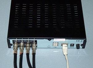 Sat-IP - Image: Telestar R1 connected
