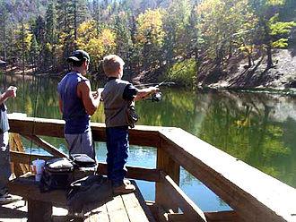 Jenks Lake - Casting a lite fishing rod with 2-lb line