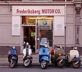 The Vespa shop - panoramio.jpg