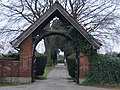 The gate to St. Helen's churchyard - geograph.org.uk - 1096923.jpg
