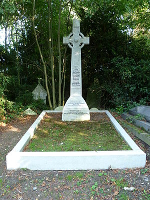 Sir Francis Vernon Thomson, 1st Baronet - The Thomson family grave at City of Westminster Cemetery, Hanwell.