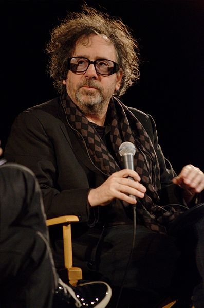 http://upload.wikimedia.org/wikipedia/commons/thumb/0/02/Tim_Burton_at_the_Cin%C3%A9math%C3%A8que_Fran%C3%A7aise.JPG/397px-Tim_Burton_at_the_Cin%C3%A9math%C3%A8que_Fran%C3%A7aise.JPG