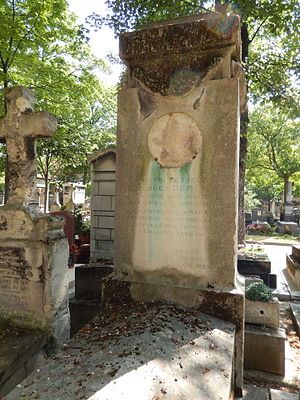 Georges Demenÿ - Georges Demenÿ's grave at Montmartre Cemetery