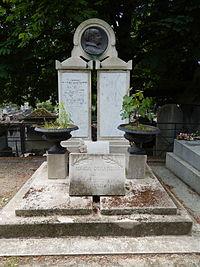 Tombe de Maria Deraismes (division 31).JPG