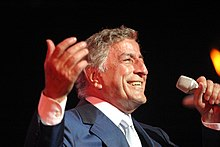 Tony Bennett performing in 2003