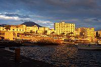 Torre del Greco e il Vesuvio