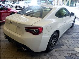 Toyota 86 GT (DBA-ZN6) rear.jpg