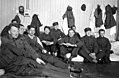 Trønderbataljonens soldater forlagt ved Middelskolen i Vadsø (1940) (4733086949).jpg