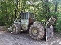 Tracteur forestier 2.jpg