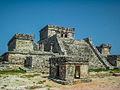Tulum, el Castillo, vista lateral..jpg