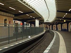 Olympia-Stadion (Berlin U-Bahn) - Station in 2011