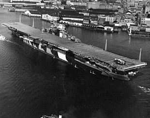 USS Franklin (CV-13) at Norfolk in February 1944.jpg