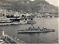 USS Heermann (DD-532) entering the harbour of Monaco, in April 1956.jpg