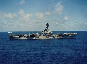 USS Hornet (CVS-12) underway in the Pacific Ocean on 5 December 1968 (KN-18759).jpg