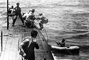 USS Tang (SS-306) - USS Tang rescuing airmen off Truk in May 1944