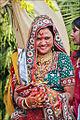 Une mariée hindoue à Khajuraho (8470847475).jpg