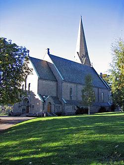 Vålerengen kirke 2003 (Norway).jpg