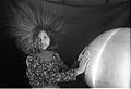 Van de Graaff Generator - Science City - Calcutta 1997 1082.JPG