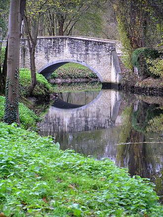 Mantes-la-Ville - Mantes bridge over the Vaucouleurs