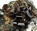 Vesuvianite-284035.jpg
