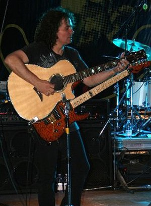 Vinnie Moore - Vinnie Moore in a concert with UFO in Cercemaggiore