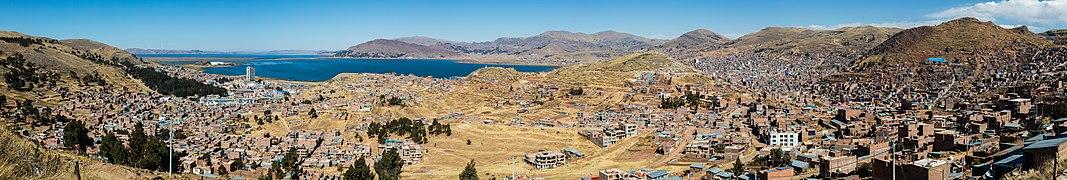 Vista de Puno y el Titicaca, Perú, 2015-08-01, DD 73-78 PAN.JPG