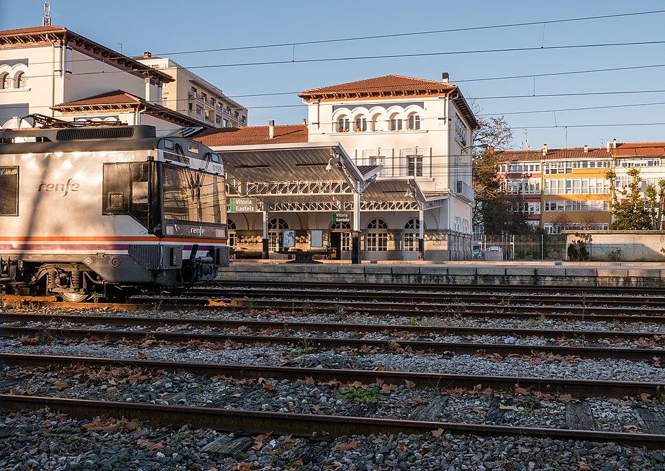 Vitoria - Estaci%C3%B3n RENFE 01