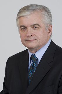 Włodzimierz Cimoszewicz Polish politician, Prime Minister of Poland