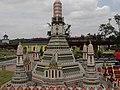 Wat Arun Legoland Malaysia.jpg