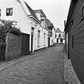 Wijdesteeg in de richting van Sint Vitusstraat - Naarden - 20161714 - RCE.jpg