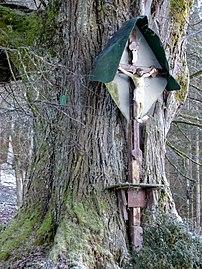 Winterlinde St Gandolf Kruzifix.jpg