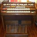 Wurlitzer electronic organ (blur).jpg