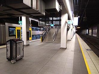 Wynyard railway station, Sydney - Lower level platforms 5 and 6